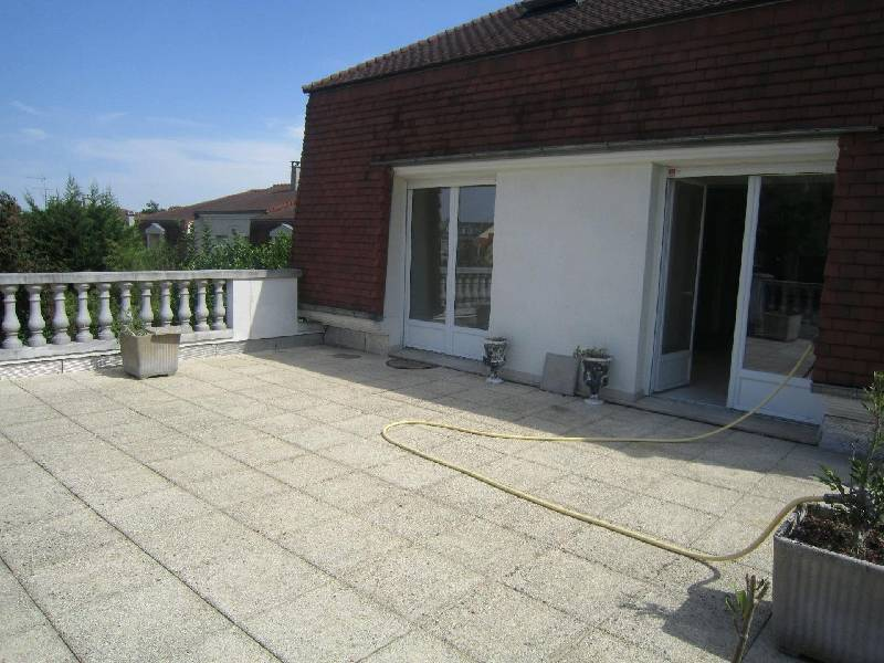 LOCATION - APPARTEMENT - BRY SUR MARNE - 94360