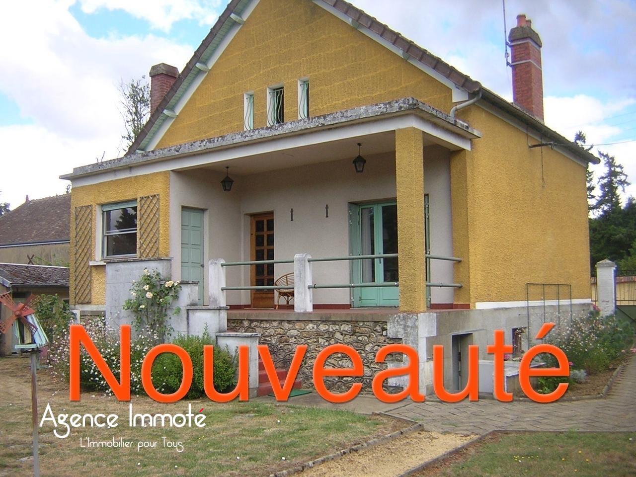 Maison de Ville 5 pièce(s) Bonnétable Centre