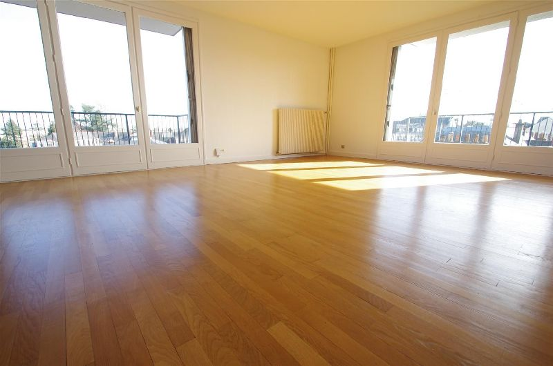 APPARTEMENT 4 pi�ce(s) ANGERS