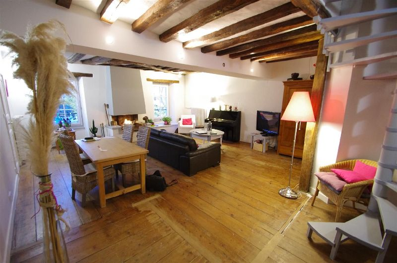 APPARTEMENT 5 pi�ce(s) ANGERS