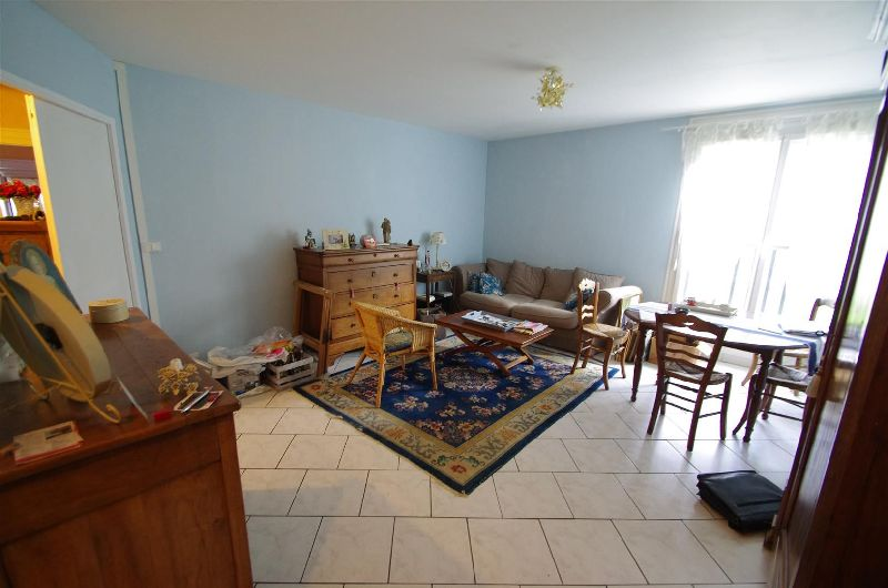 APPARTEMENT 4 pi�ce(s) AVRILLE